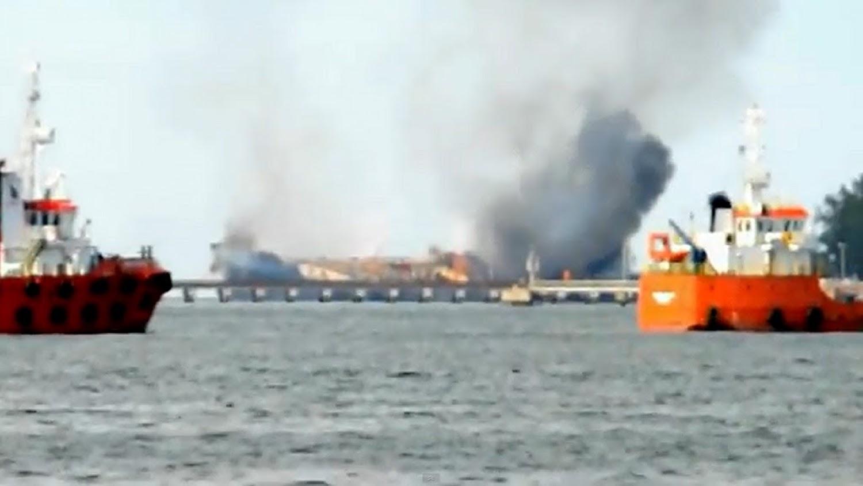 Δείτε βίντεο με φωτιά σε δεξαμενόπλοιο - e-Nautilia.gr | Το Ελληνικό Portal για την Ναυτιλία. Τελευταία νέα, άρθρα, Οπτικοακουστικό Υλικό