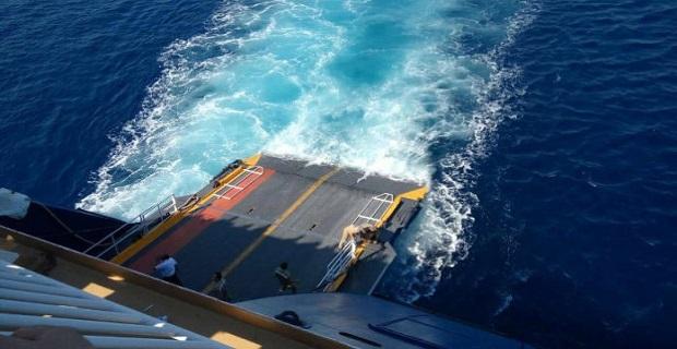 Βλάβη στον καταπέλτη του «Blue Star Naxos» - e-Nautilia.gr   Το Ελληνικό Portal για την Ναυτιλία. Τελευταία νέα, άρθρα, Οπτικοακουστικό Υλικό