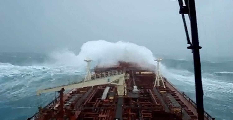 Το Maersk Barry σε φοβερή κακοκαιρία (Video) - e-Nautilia.gr | Το Ελληνικό Portal για την Ναυτιλία. Τελευταία νέα, άρθρα, Οπτικοακουστικό Υλικό