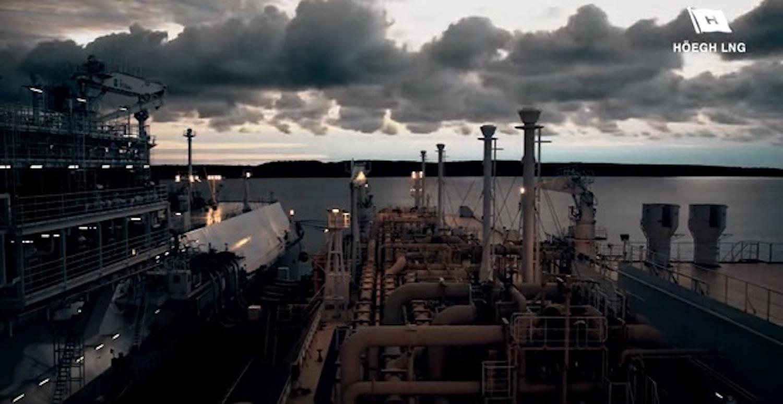 Εκπληκτικό βίντεο με LNG Ship to Ship Transfer - e-Nautilia.gr   Το Ελληνικό Portal για την Ναυτιλία. Τελευταία νέα, άρθρα, Οπτικοακουστικό Υλικό