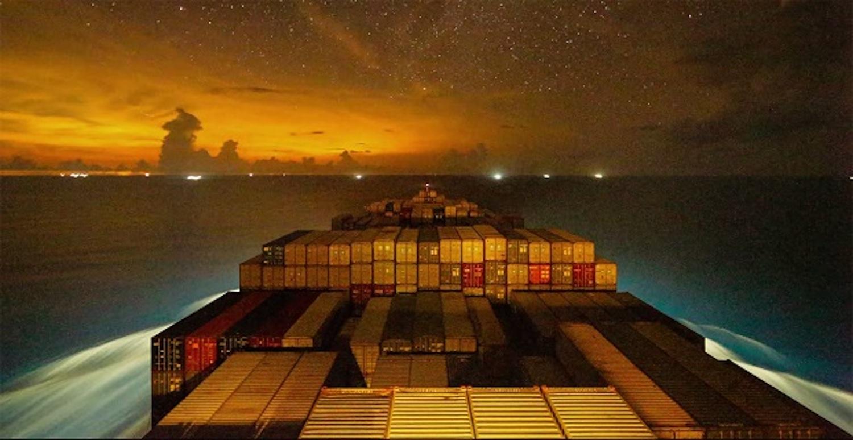 Οι έναστρες νύχτες πάνω σε ένα containership (Video) - e-Nautilia.gr | Το Ελληνικό Portal για την Ναυτιλία. Τελευταία νέα, άρθρα, Οπτικοακουστικό Υλικό