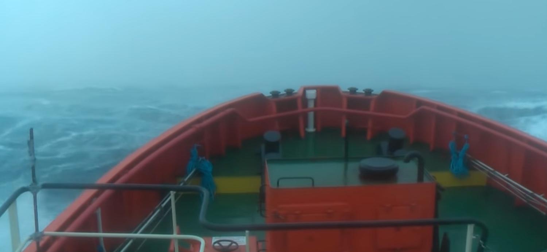Πλοίο σε καταιγίδα εντάσεως 100 κόμβων! (Video) - e-Nautilia.gr | Το Ελληνικό Portal για την Ναυτιλία. Τελευταία νέα, άρθρα, Οπτικοακουστικό Υλικό