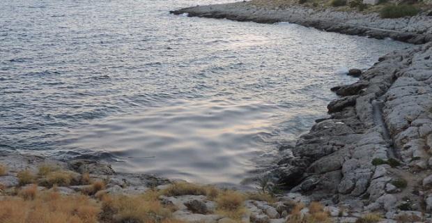 Ναυάγιο Αγια Ζώνη ΙΙ: Μεγάλη ποσότητα πετρελαίου και στην Πειραική [βίντεο] - e-Nautilia.gr   Το Ελληνικό Portal για την Ναυτιλία. Τελευταία νέα, άρθρα, Οπτικοακουστικό Υλικό