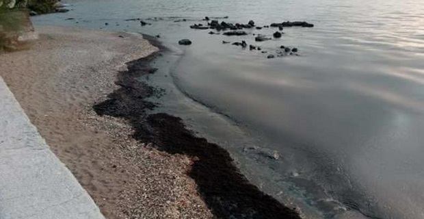 «Ταχύτατη η αντίδραση του ΥΝΑΝΠ στην ρύπανση του Σαρωνικού» - e-Nautilia.gr | Το Ελληνικό Portal για την Ναυτιλία. Τελευταία νέα, άρθρα, Οπτικοακουστικό Υλικό