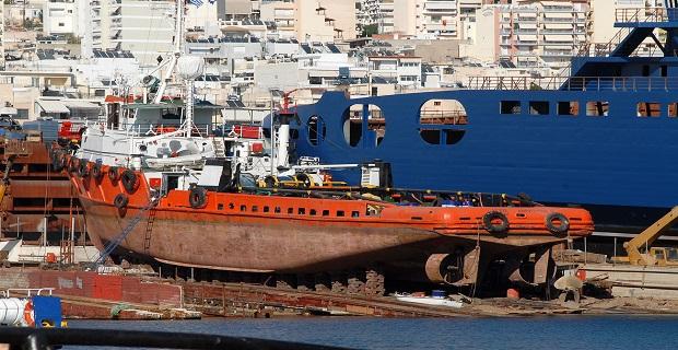 Τραυματισμός εργάτη στη Σαλαμίνα - e-Nautilia.gr | Το Ελληνικό Portal για την Ναυτιλία. Τελευταία νέα, άρθρα, Οπτικοακουστικό Υλικό