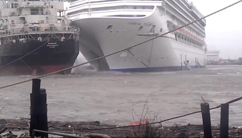 ΒΙΝΤΕΟ: Κρουαζιερόπλοιο παρασύρεται από ισχυρή καταιγίδα και προσκρούει σε άλλο πλοίο που ήταν δεμένο - e-Nautilia.gr | Το Ελληνικό Portal για την Ναυτιλία. Τελευταία νέα, άρθρα, Οπτικοακουστικό Υλικό