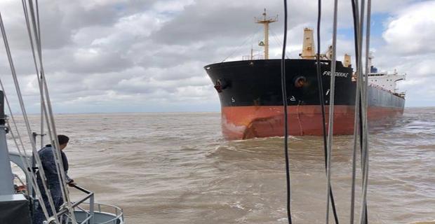 Λαθρεπιβάτες επιτέθηκαν στο πλήρωμα ελληνικού πλοίου στην Ουρουγουάη - e-Nautilia.gr | Το Ελληνικό Portal για την Ναυτιλία. Τελευταία νέα, άρθρα, Οπτικοακουστικό Υλικό