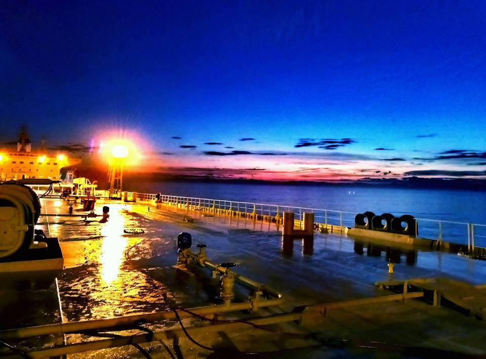 Καλό μήνα στους ναυτικούς μας, στις οικογένειες τους και όλους τους λάτρεις της θάλασσας!!! - e-Nautilia.gr | Το Ελληνικό Portal για την Ναυτιλία. Τελευταία νέα, άρθρα, Οπτικοακουστικό Υλικό