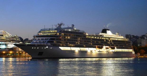 Το νεότευκτο κρουαζιερόπλοιο Viking Sun στο λιμάνι του Πειραιά [βίντεο] - e-Nautilia.gr | Το Ελληνικό Portal για την Ναυτιλία. Τελευταία νέα, άρθρα, Οπτικοακουστικό Υλικό