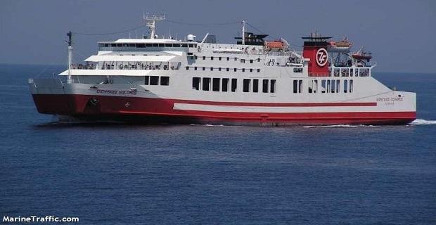 Τραυματισμός ναυτικού στη Θήρα - e-Nautilia.gr | Το Ελληνικό Portal για την Ναυτιλία. Τελευταία νέα, άρθρα, Οπτικοακουστικό Υλικό