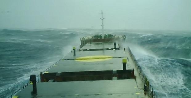 Ακυβέρνητο φορτηγό πλοίο στην Καλαμάτα - e-Nautilia.gr | Το Ελληνικό Portal για την Ναυτιλία. Τελευταία νέα, άρθρα, Οπτικοακουστικό Υλικό