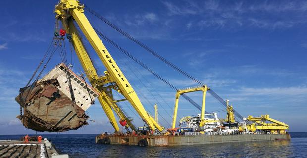 Δείτε την απομάκρυνση του ναυαγίου Cabrera στην Άνδρο (video) - e-Nautilia.gr   Το Ελληνικό Portal για την Ναυτιλία. Τελευταία νέα, άρθρα, Οπτικοακουστικό Υλικό