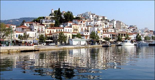 Πρόσκρουση επιβατηγού πλοίου στο λιμάνι της Σκιάθου - e-Nautilia.gr | Το Ελληνικό Portal για την Ναυτιλία. Τελευταία νέα, άρθρα, Οπτικοακουστικό Υλικό