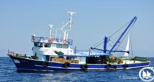 Τουρκικές μηχανότρατες αλιεύουν επι μέρες στα ελληνικά νερά! Προκλητική και η αδιαφορία των Ελληνικών Αρχών