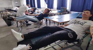 Εθελοντική αιμοδοσία από τους σπουδαστές της ΑΕΝ Κύμης [φωτο]