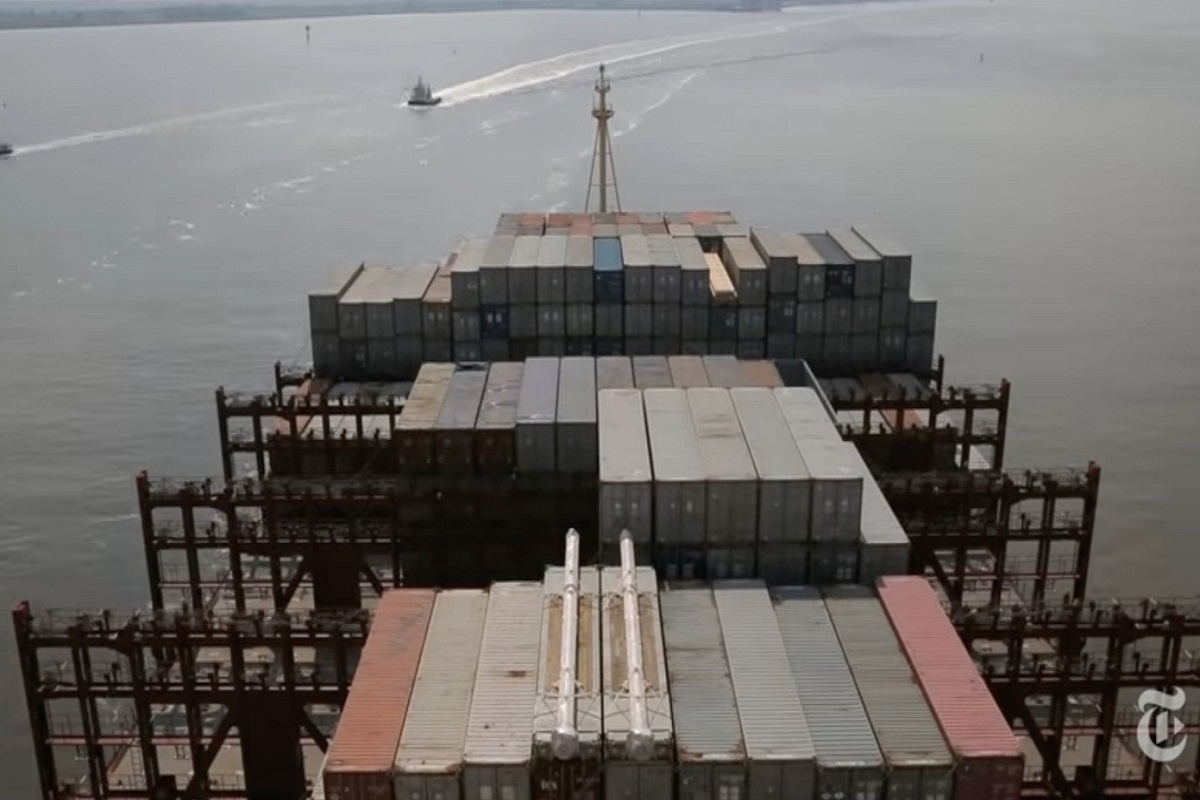 Εν πλω με ένα πλοίο κοντέινερ μήκους 400 μέτρων! (Video) - e-Nautilia.gr | Το Ελληνικό Portal για την Ναυτιλία. Τελευταία νέα, άρθρα, Οπτικοακουστικό Υλικό