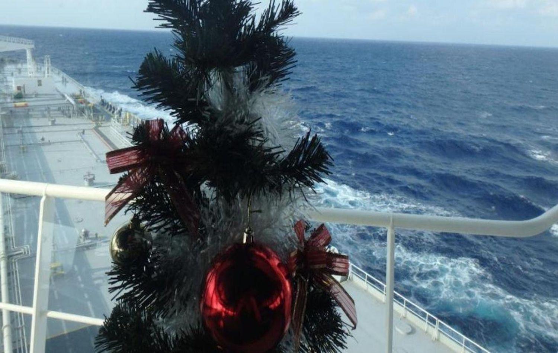 Σε μακρυσμένες θάλασσες.. ευχές από τους ναυτικούς - e-Nautilia.gr | Το Ελληνικό Portal για την Ναυτιλία. Τελευταία νέα, άρθρα, Οπτικοακουστικό Υλικό