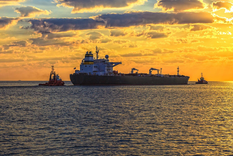 Διαδικτυακό ναυτιλιακό σεμινάριο με θέμα: «Laytime Clauses Demurrage Collection» - e-Nautilia.gr   Το Ελληνικό Portal για την Ναυτιλία. Τελευταία νέα, άρθρα, Οπτικοακουστικό Υλικό