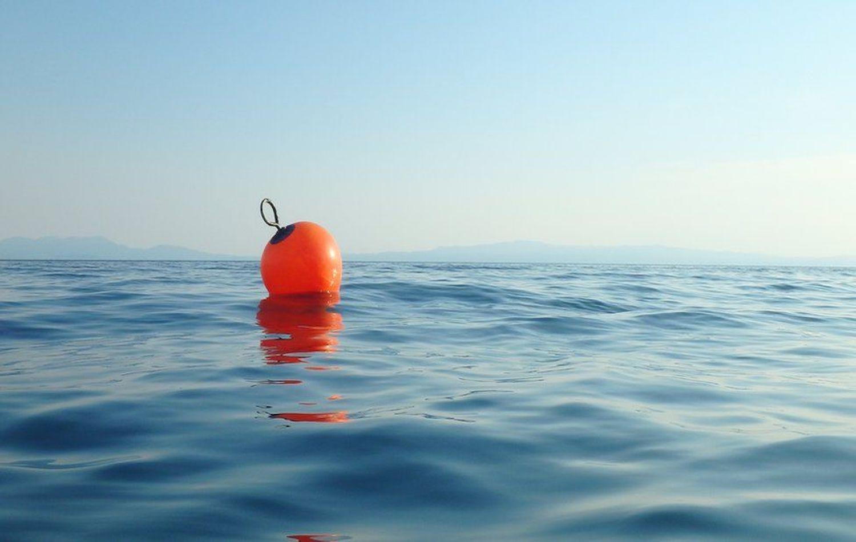 Ειρηνικός Ωκεανός: Ένιωσε ζάλη και έπεσε από το φορτηγό πλοίο-σώθηκε κρατώντας μια σημαδούρα για 14 ώρες - e-Nautilia.gr | Το Ελληνικό Portal για την Ναυτιλία. Τελευταία νέα, άρθρα, Οπτικοακουστικό Υλικό