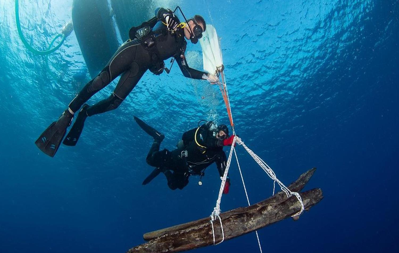 Εντυπωσιακές εικόνες από το Ναυάγιο «Μέντωρ» με τα κλεμμένα του Έλγιν - e-Nautilia.gr | Το Ελληνικό Portal για την Ναυτιλία. Τελευταία νέα, άρθρα, Οπτικοακουστικό Υλικό