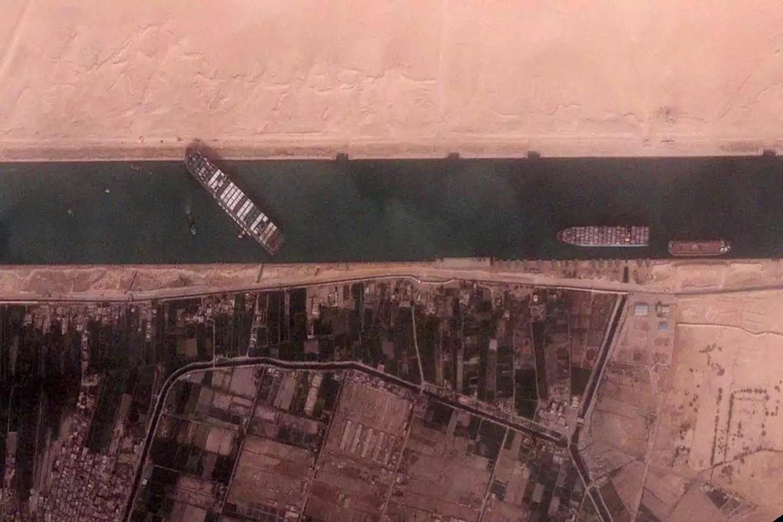 Φωτογραφίες δορυφόρου απο το μποτιλιάρισμα που προκάλεσε το πλοίο στο Σουέζ (Photos) - e-Nautilia.gr | Το Ελληνικό Portal για την Ναυτιλία. Τελευταία νέα, άρθρα, Οπτικοακουστικό Υλικό