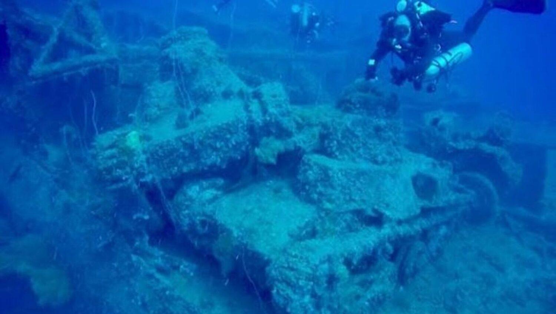 Δύτες βρήκαν βυθισμένα γιαπωνέζικα τανκς σε ναυάγιο του Β' Παγκοσμίου (Video) - e-Nautilia.gr | Το Ελληνικό Portal για την Ναυτιλία. Τελευταία νέα, άρθρα, Οπτικοακουστικό Υλικό