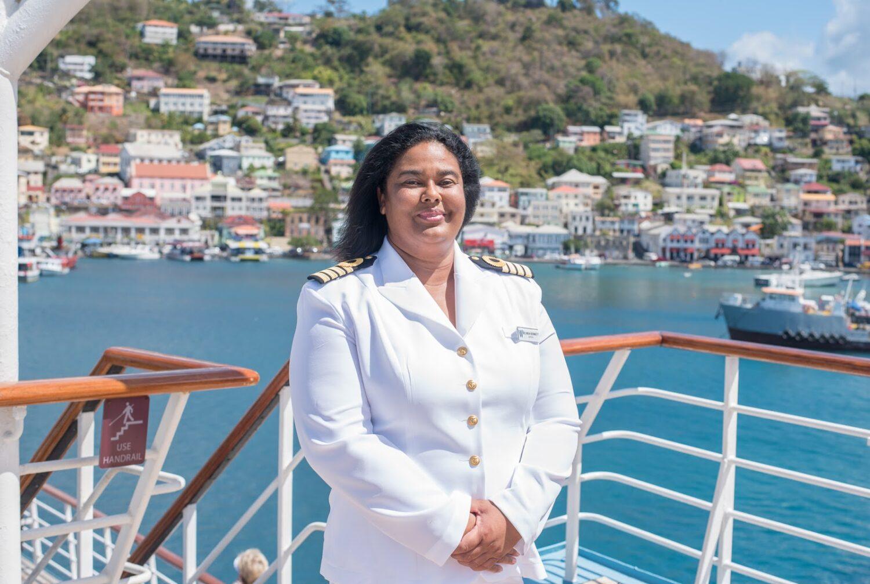 Η πρώτη μαύρη γυναίκα καπετάνιος της κρουαζιέρας - e-Nautilia.gr | Το Ελληνικό Portal για την Ναυτιλία. Τελευταία νέα, άρθρα, Οπτικοακουστικό Υλικό