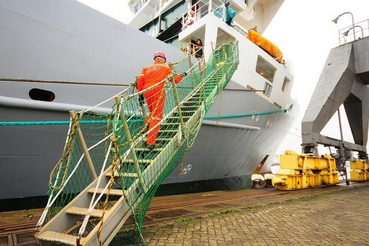 Kαι η Φουτζέιρα απαγορεύει την αλλαγή πληρωμάτων για ναυτικούς που πρόσφατα ταξίδεψαν στην Ινδία - e-Nautilia.gr | Το Ελληνικό Portal για την Ναυτιλία. Τελευταία νέα, άρθρα, Οπτικοακουστικό Υλικό