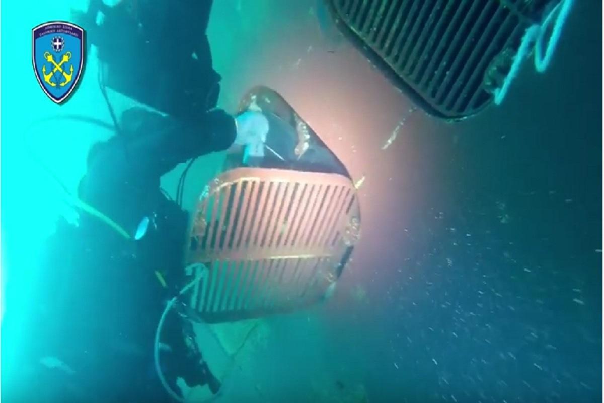 46,7 κιλά κοκαΐνης στα ύφαλα φορτηγού πλοίου στην Κόρινθο (video) - e-Nautilia.gr | Το Ελληνικό Portal για την Ναυτιλία. Τελευταία νέα, άρθρα, Οπτικοακουστικό Υλικό