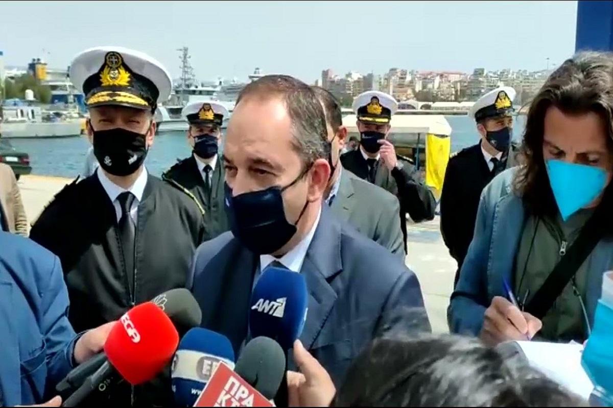 Στο Λιμάνι του Πειραιά ο Γιάννης Πλακιωτάκης: Λίγο ακόμη υπομονή για να κερδίσουμε πάλι τη ζωή μας - e-Nautilia.gr | Το Ελληνικό Portal για την Ναυτιλία. Τελευταία νέα, άρθρα, Οπτικοακουστικό Υλικό