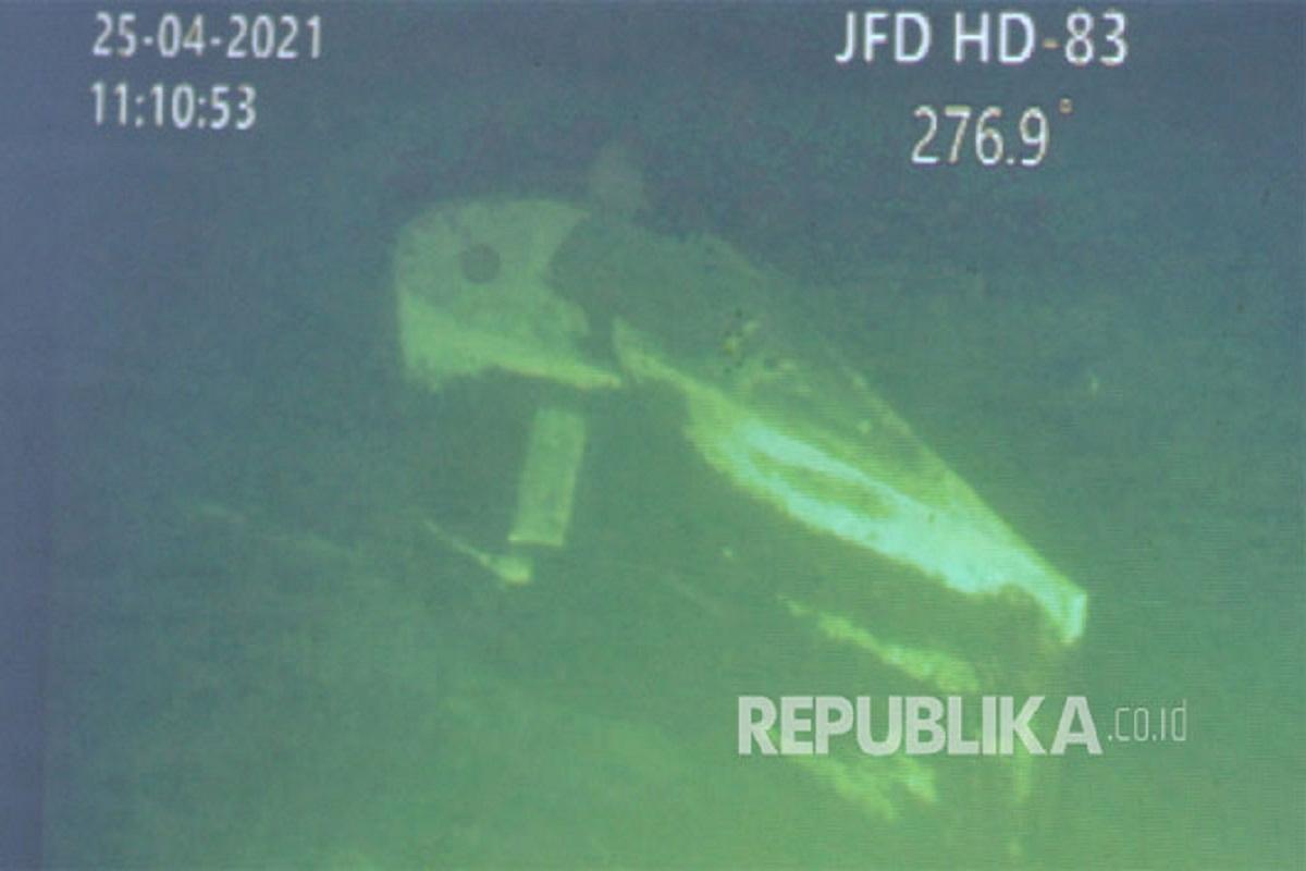 Σε 3 τμήματα έσπασε το υποβρύχιο που βυθίστηκε στην Ινδονησία -Νεκρά τα 53 μέλη πληρώματος - e-Nautilia.gr | Το Ελληνικό Portal για την Ναυτιλία. Τελευταία νέα, άρθρα, Οπτικοακουστικό Υλικό