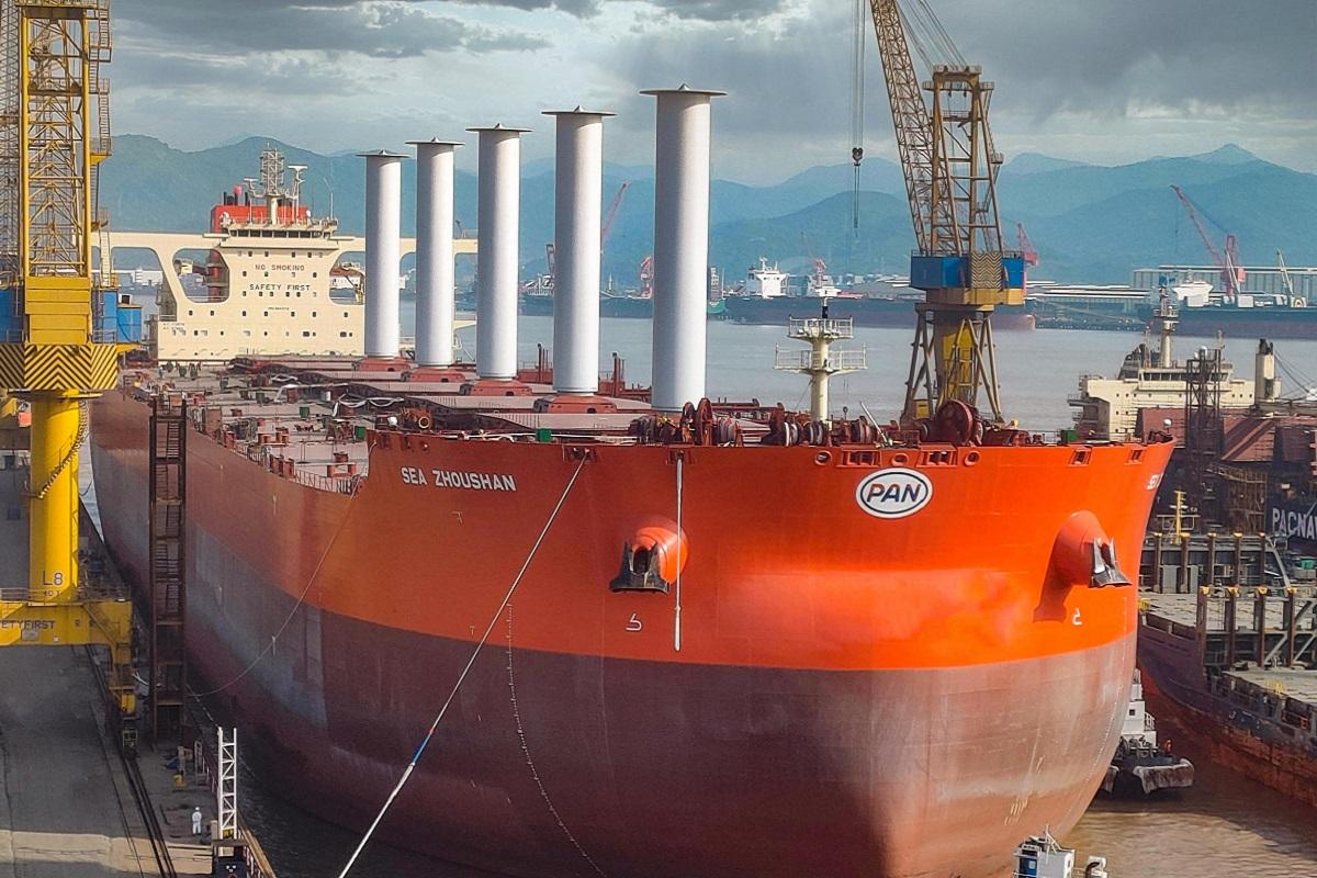 Εγκατάσταση μηχανισμού πρόωσης με την βοήθεια του ανέμου σε πλοίο 325,000 τόνων! - e-Nautilia.gr | Το Ελληνικό Portal για την Ναυτιλία. Τελευταία νέα, άρθρα, Οπτικοακουστικό Υλικό