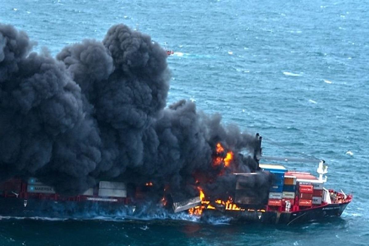 Έκρηξη στο πλοίο μεταφοράς κοντέινερ- Η Σρι Λάνκα προετοιμάζεται για το χειρότερο(video) - e-Nautilia.gr | Το Ελληνικό Portal για την Ναυτιλία. Τελευταία νέα, άρθρα, Οπτικοακουστικό Υλικό