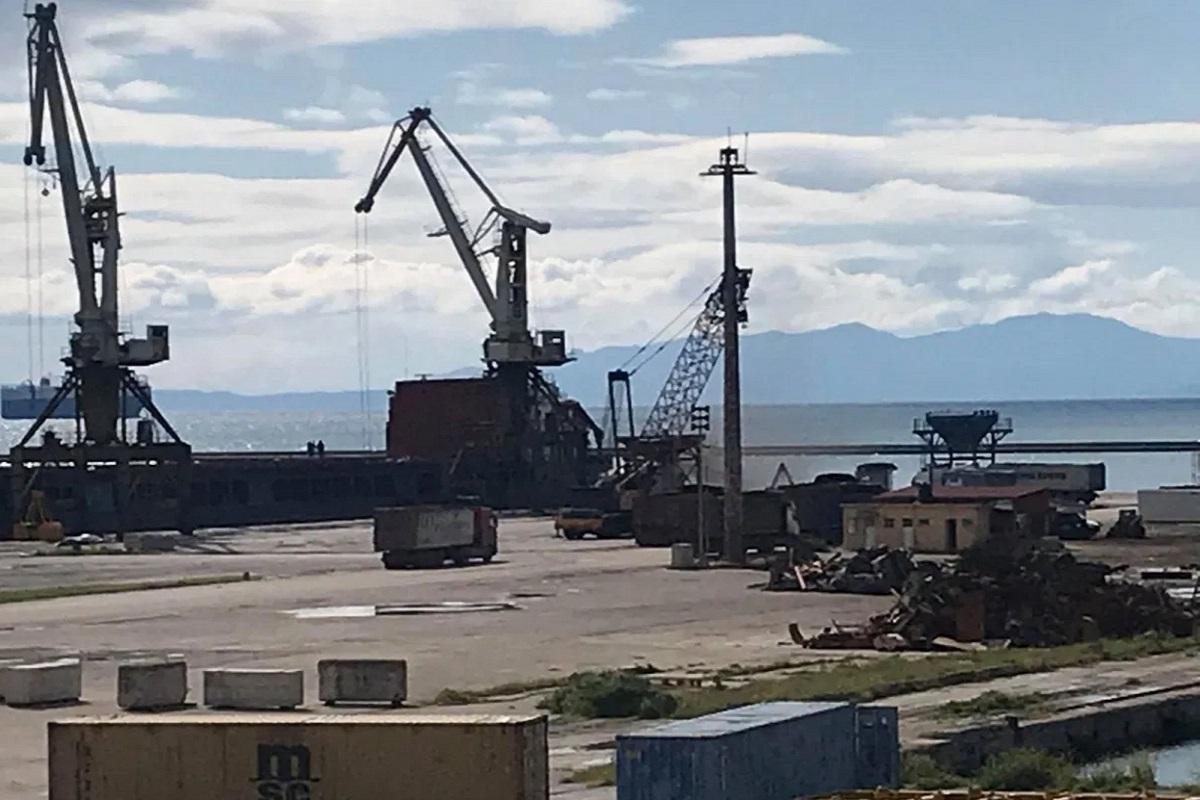 Φορτηγό πλοίο προσάραξε στο λιμάνι της Στυλίδας - e-Nautilia.gr | Το Ελληνικό Portal για την Ναυτιλία. Τελευταία νέα, άρθρα, Οπτικοακουστικό Υλικό