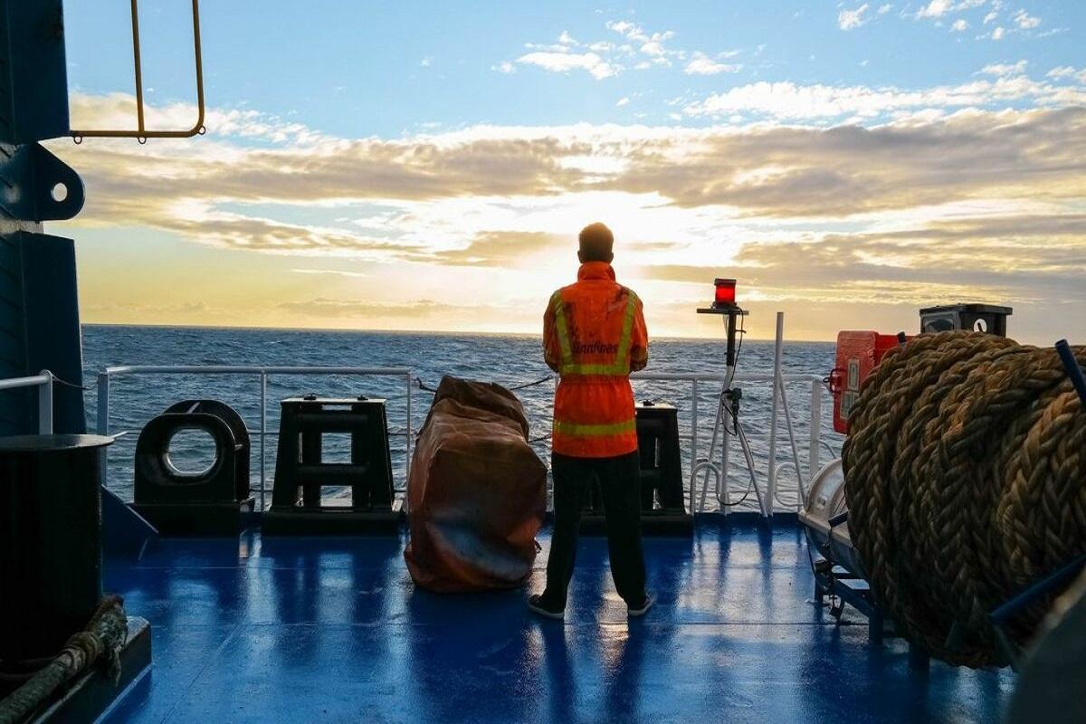 10 λόγοι που όλοι θα πρέπει να ευχαριστούν τους ναυτικούς - e-Nautilia.gr   Το Ελληνικό Portal για την Ναυτιλία. Τελευταία νέα, άρθρα, Οπτικοακουστικό Υλικό