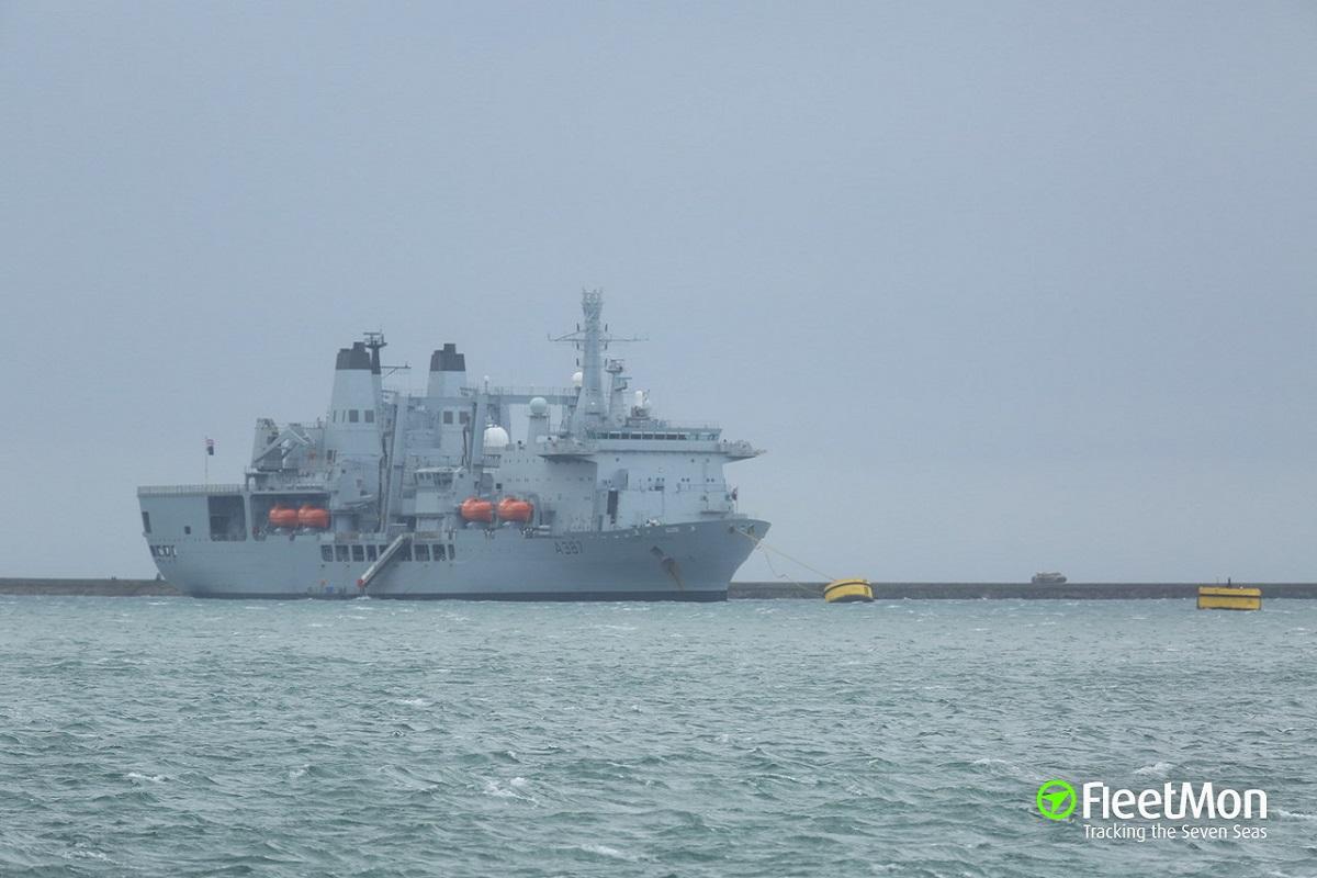 Πλοίο προσέκρουσε σε πλοίο που ήταν δεμένο σε ντόκο (video) - e-Nautilia.gr   Το Ελληνικό Portal για την Ναυτιλία. Τελευταία νέα, άρθρα, Οπτικοακουστικό Υλικό