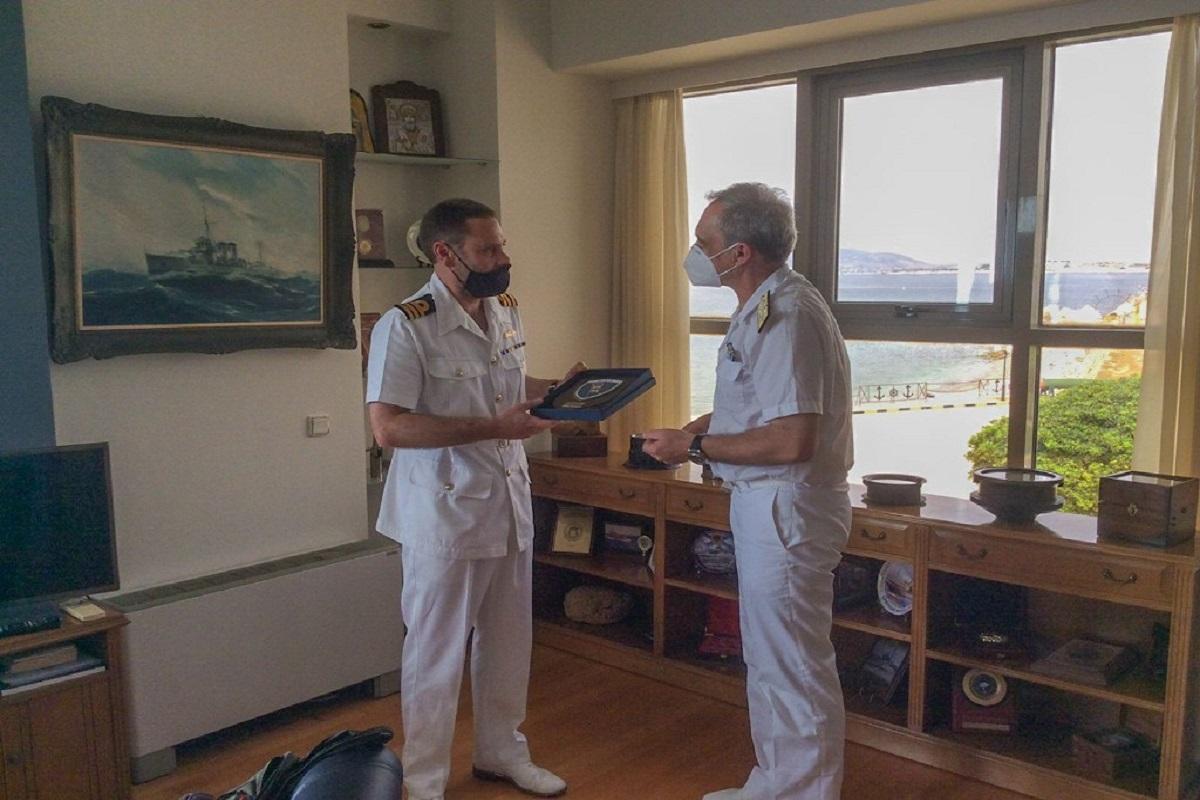 Συνάντηση Αρχηγού Ναυτικού του Ηνωμένου Βασιλείου με τον Αρχηγό ΓΕΝ (photo)) - e-Nautilia.gr   Το Ελληνικό Portal για την Ναυτιλία. Τελευταία νέα, άρθρα, Οπτικοακουστικό Υλικό