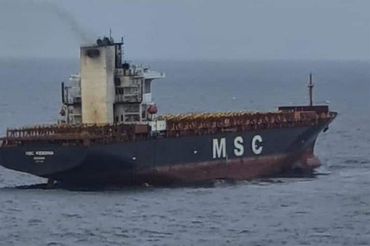 Πυρκαγιά σε πλοίο μεταφοράς κοντέινερ στον ινδικό- 1 μέλος του πληρώματος αγνοείται (photos) - e-Nautilia.gr   Το Ελληνικό Portal για την Ναυτιλία. Τελευταία νέα, άρθρα, Οπτικοακουστικό Υλικό