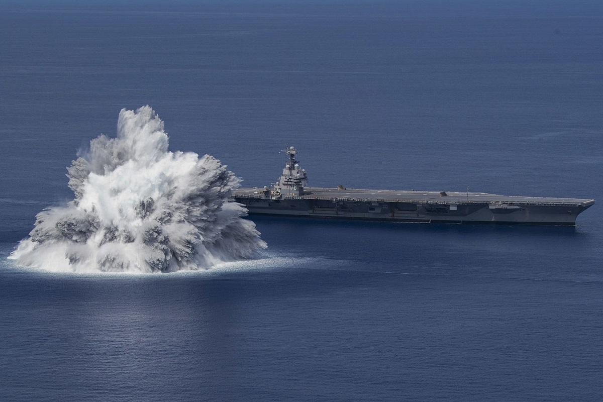 Βίντεο: Το αεροπλανοφόρο USS Ford πραγματοποίησε την πρώτη δοκιμή «σοκ» από ελεγχόμενη έκρηξη - e-Nautilia.gr | Το Ελληνικό Portal για την Ναυτιλία. Τελευταία νέα, άρθρα, Οπτικοακουστικό Υλικό
