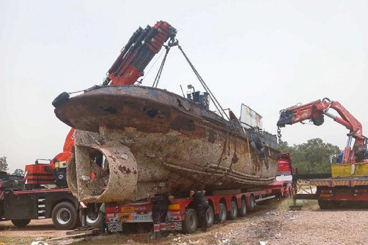 Άλλο ένα επικίνδυνο και επιβλαβές πλοίο απομακρύνθηκε οριστικά από την περιοχή της Ελευσίνας - e-Nautilia.gr | Το Ελληνικό Portal για την Ναυτιλία. Τελευταία νέα, άρθρα, Οπτικοακουστικό Υλικό