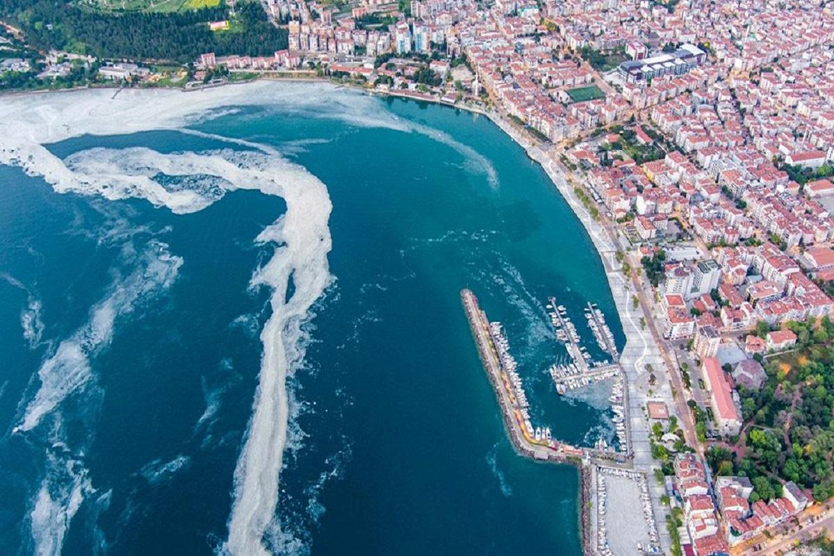 Τουρκία: Περίεργη «γλίτσα» απειλεί τη θάλασσα του Μαρμαρά (video) - e-Nautilia.gr | Το Ελληνικό Portal για την Ναυτιλία. Τελευταία νέα, άρθρα, Οπτικοακουστικό Υλικό
