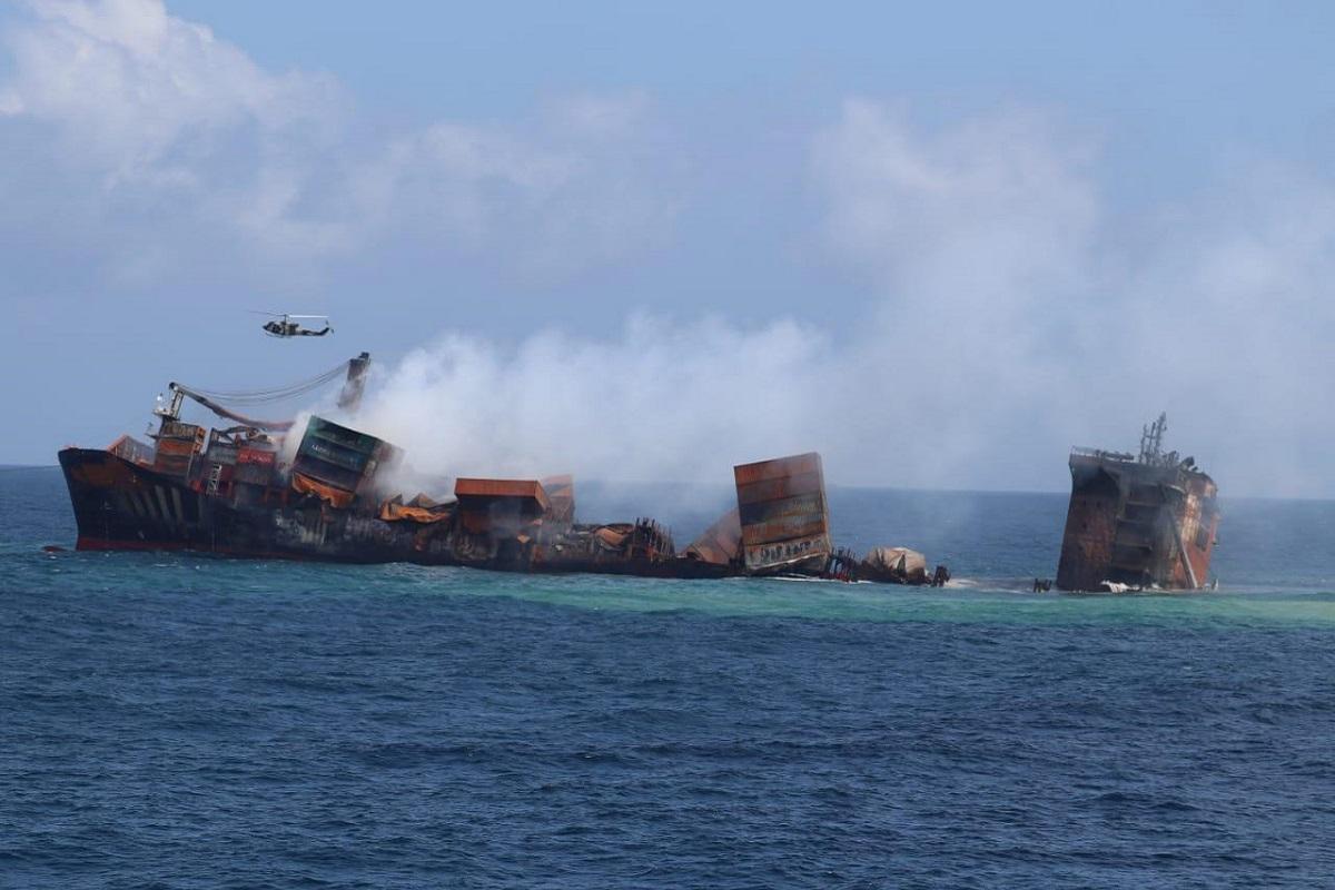 Έκτακτο: Βίντεο δείχνει ότι βυθίζεται το κοντέινερ στη Σρι Λάνκα - e-Nautilia.gr | Το Ελληνικό Portal για την Ναυτιλία. Τελευταία νέα, άρθρα, Οπτικοακουστικό Υλικό