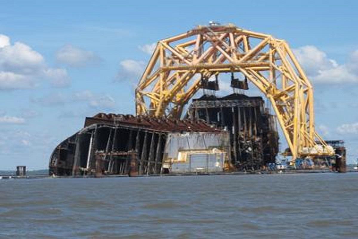 Μεγάλη διαρροή πετρελαίου από το πλοίο Golden Ray στη Georgia των ΗΠΑ - e-Nautilia.gr | Το Ελληνικό Portal για την Ναυτιλία. Τελευταία νέα, άρθρα, Οπτικοακουστικό Υλικό