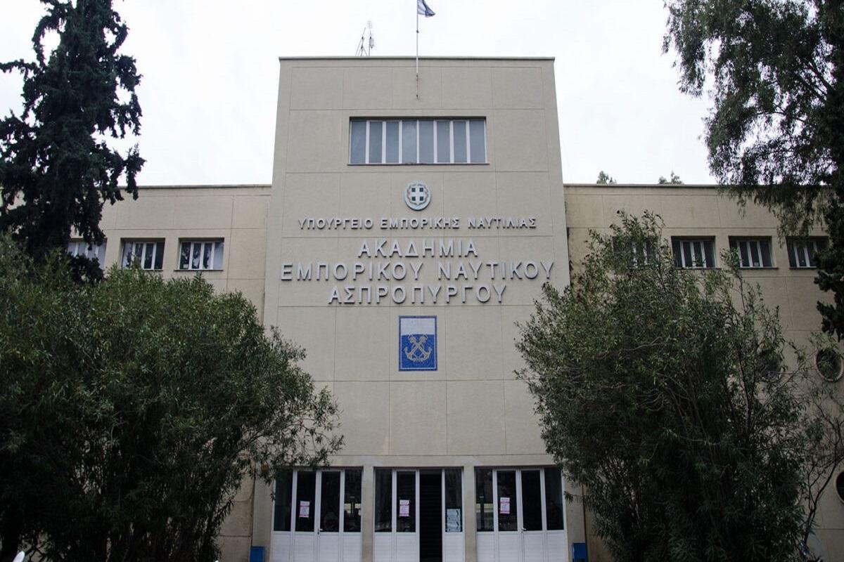 Θεαματική στροφή των νέων της Χίου σε ναυτικές σχολές και Παν. Αιγαίου (video) - e-Nautilia.gr | Το Ελληνικό Portal για την Ναυτιλία. Τελευταία νέα, άρθρα, Οπτικοακουστικό Υλικό