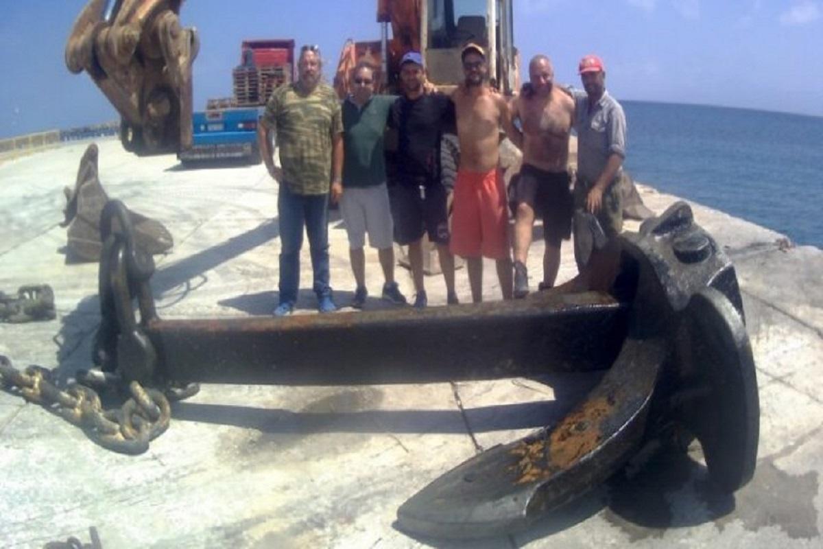 Άγκυρα… γιγαντιαίων διαστάσεων ανασύρθηκε από το λιμάνι της Κάσου - e-Nautilia.gr | Το Ελληνικό Portal για την Ναυτιλία. Τελευταία νέα, άρθρα, Οπτικοακουστικό Υλικό