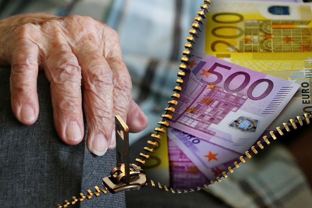 Καταγγελία για τη νέα φορολογική ληστεία σε βάρος των συνταξιούχων - e-Nautilia.gr   Το Ελληνικό Portal για την Ναυτιλία. Τελευταία νέα, άρθρα, Οπτικοακουστικό Υλικό