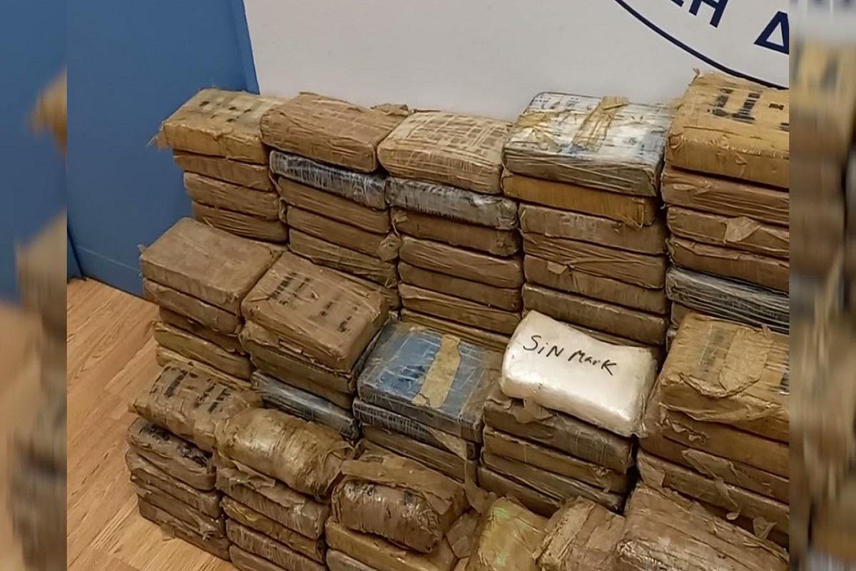Κατασχέθηκαν 351 κιλά κοκαΐνης σε εμπορευματοκιβώτιο, στο λιμάνι του Πειραιά (video) - e-Nautilia.gr | Το Ελληνικό Portal για την Ναυτιλία. Τελευταία νέα, άρθρα, Οπτικοακουστικό Υλικό