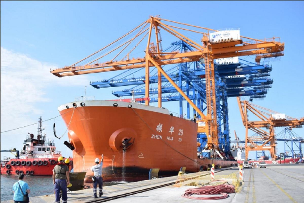 ΟΛΠ Α.Ε.: Κατέφθασε στο λιμάνι του Πειραιά η γερανογέφυρα φορτοεκφόρτωσης πλοίων Super Post Panamax του προβλήτα Ι [photo] - e-Nautilia.gr | Το Ελληνικό Portal για την Ναυτιλία. Τελευταία νέα, άρθρα, Οπτικοακουστικό Υλικό