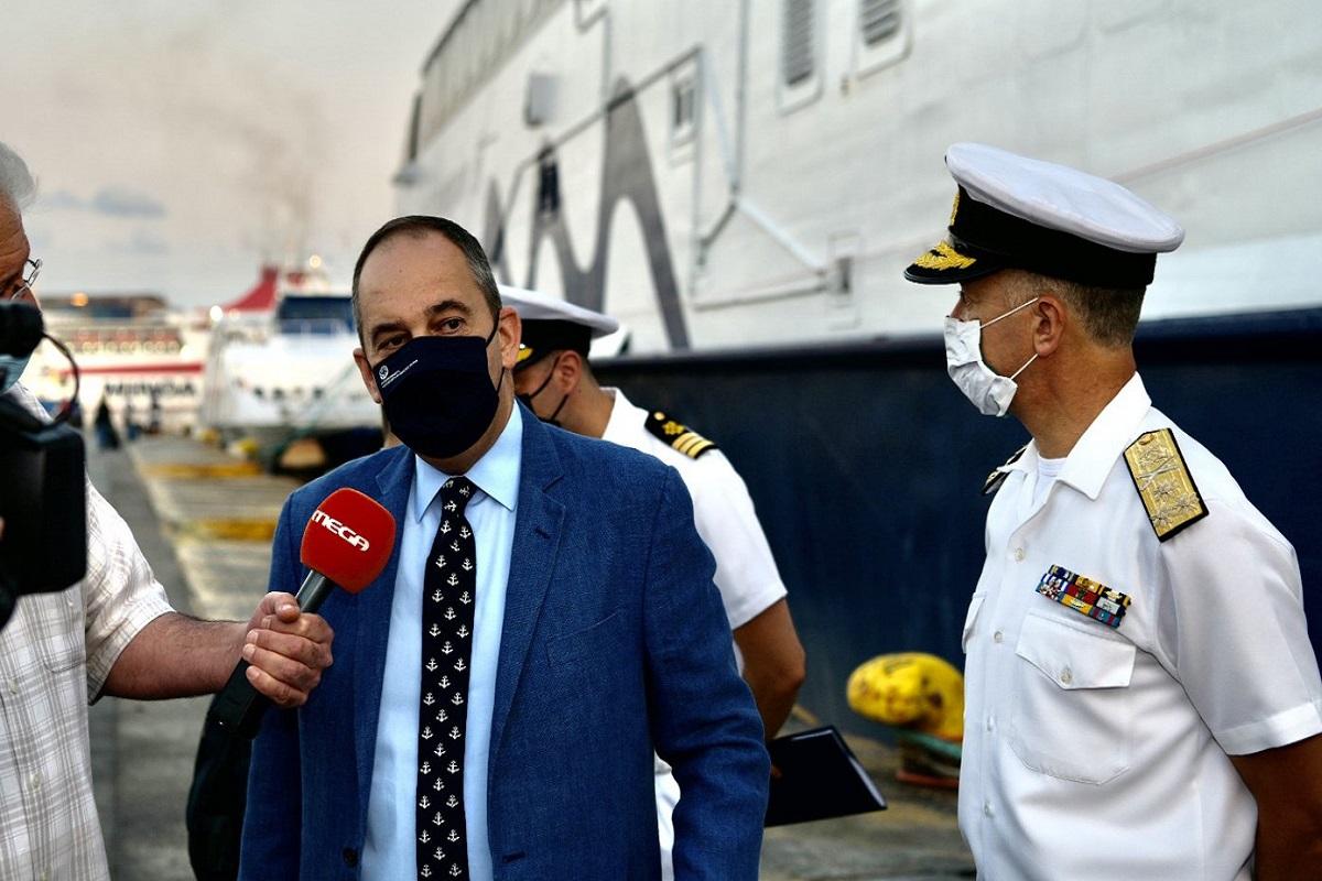 Πλακιωτάκης από τον Πειραιά: Την τελευταία εβδομάδα έμειναν εκτός πλοίων πάνω από 4.500 άτομα - e-Nautilia.gr | Το Ελληνικό Portal για την Ναυτιλία. Τελευταία νέα, άρθρα, Οπτικοακουστικό Υλικό