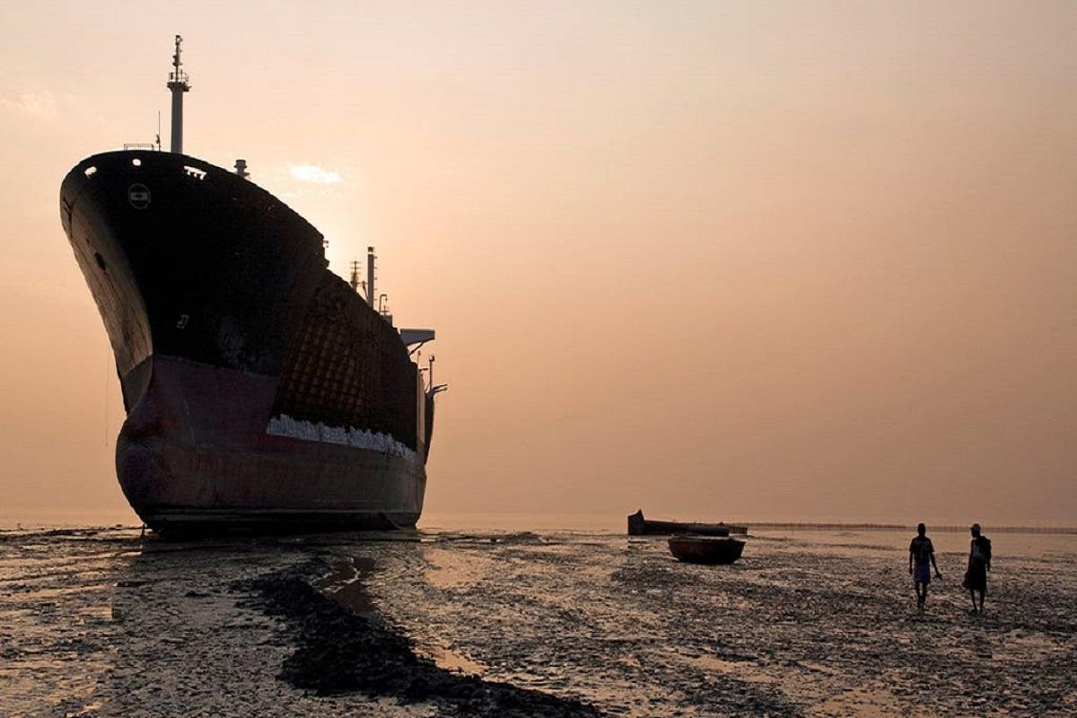 ΒΙΝΤΕΟ: Το τελευταίο δρομολόγιο των πλοίων και η διάλυση τους - e-Nautilia.gr | Το Ελληνικό Portal για την Ναυτιλία. Τελευταία νέα, άρθρα, Οπτικοακουστικό Υλικό